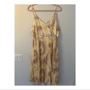 Gilli Tie Dye Pleated Midi Dress